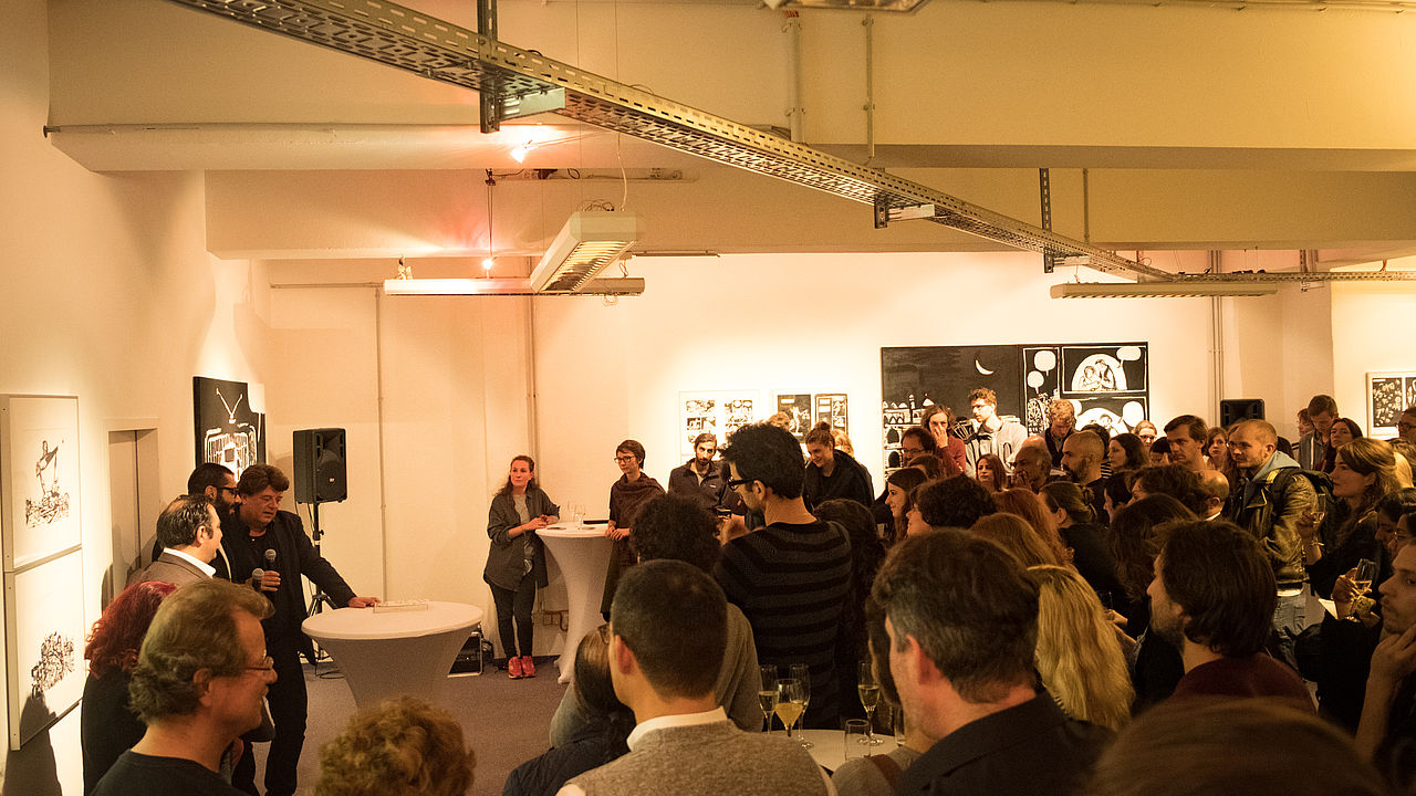 """Ausstellungseröffnung """"Freedom Writer"""" von Hamid Sulaiman © Foto: ECCHR"""