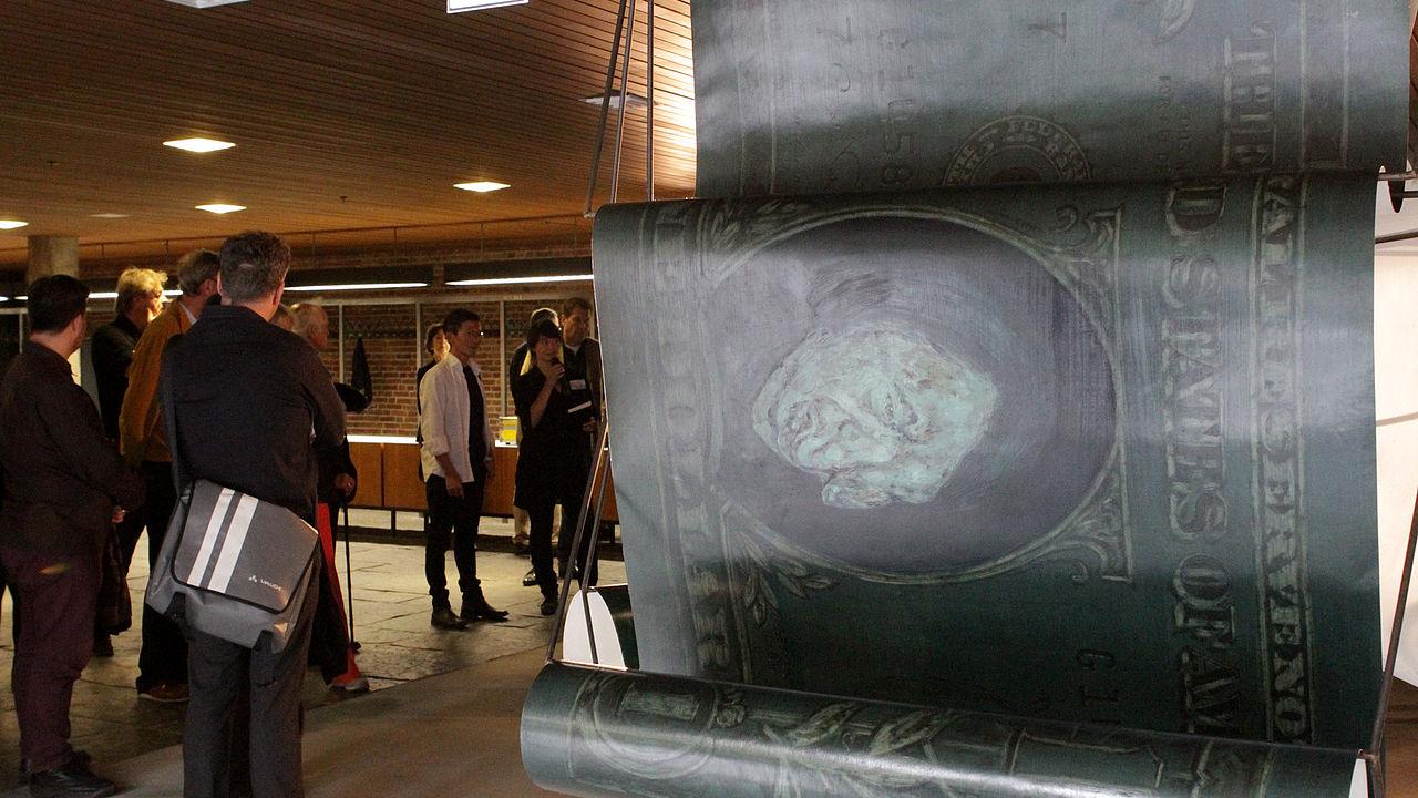 """Ausstellungseröffnung """"Secret of Return"""" von Nghia Nuyen in der Akademie der Künste © Foto: ECCHR"""