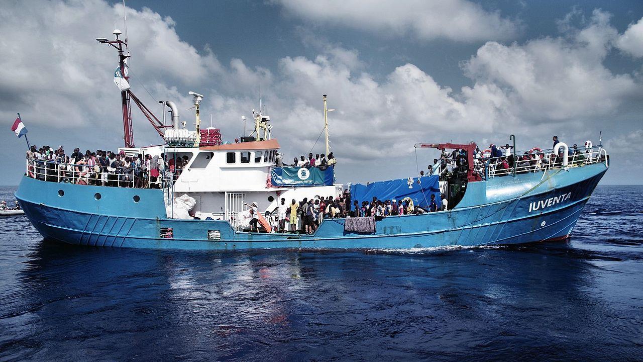 Die Iuventa im Einsatz auf dem Mittelmeer © Kenny Karpov
